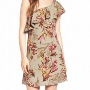 ASTR the label | One Shoulder Ruffle Dress
